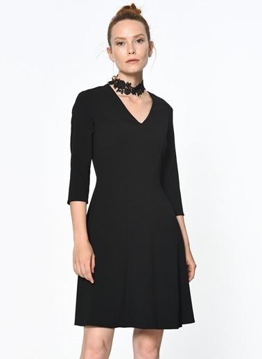 V Yaka Kloş Elbise-Random